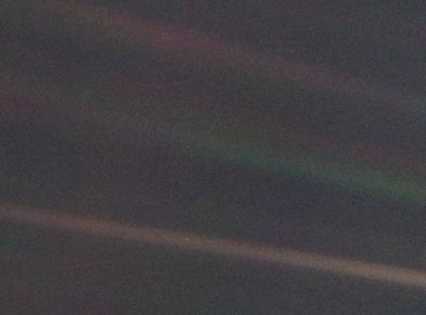 290px-Pale_Blue_Dot